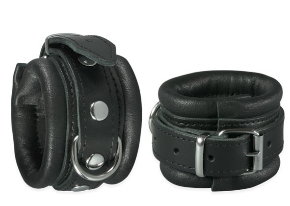 Leather Wrist Restraints Classic